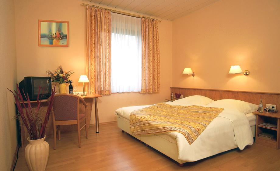 Ansicht Doppelzimmer Hotel Schönsitz